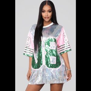 Dresses & Skirts - Sequin jersey top/dress